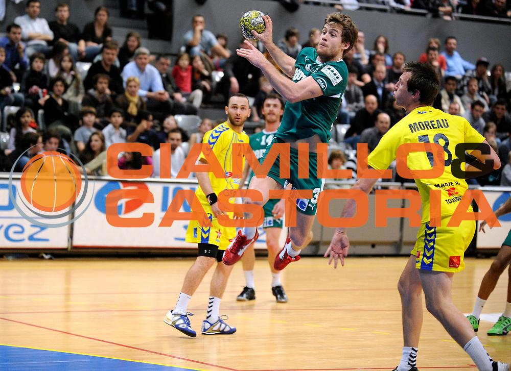 DESCRIZIONE : France Ligue Hand D1 Toulouse Nimes 26/03/2010 Toulouse<br /> GIOCATORE : Haon Jean Philippe<br /> SQUADRA : Nimes <br /> EVENTO : France Ligue Hand D1 Toulouse Nimes<br /> GARA : Toulouse Nimes<br /> DATA : 26/03/2010<br /> CATEGORIA : Handball Nimes Homme<br /> SPORT : Handball<br /> AUTORE : JF Molliere par Agenzia Ciamillo-Castoria <br /> Galleria : France Ligue Hand D1 Homme 2009/2010  <br /> Fotonotizia : France Ligue Hand D1 Toulouse Nimes 26/03/2010 Cesson<br /> Predefinita :