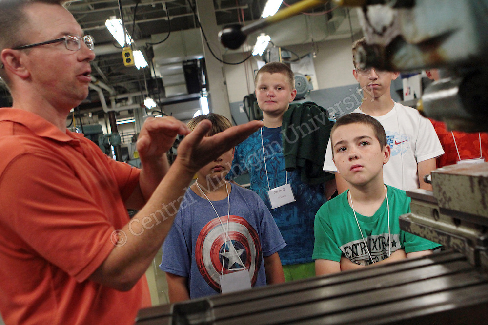 """Campers were taken on a tour of the IET Engineering Building led by Dr. Terry Lerch as part of the """"Tinkering and Technology"""" camp offered through CMU's Center for Excellence in STEM Education photo by Emily Mesner"""