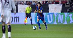03-03-2007 VOETBAL: SEVILLA FC - BARCELONA: SEVILLA  <br /> Sevilla wint de topper met Barcelona met 2-1 / Lionel Messi - boarding unibet.com<br /> &copy;2006-WWW.FOTOHOOGENDOORN.NL
