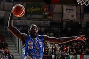 DESCRIZIONE : Varese Lega A 2015-16 Openjobmetis Varese Dinamo Banco di Sardegna Sassari<br /> GIOCATORE : Christian Eyenga<br /> CATEGORIA : Tiro <br /> SQUADRA : Dinamo Banco di Sardegna Sassari<br /> EVENTO : Campionato Lega A 2015-2016<br /> GARA : Openjobmetis Varese - Dinamo Banco di Sardegna Sassari<br /> DATA : 27/10/2015<br /> SPORT : Pallacanestro<br /> AUTORE : Agenzia Ciamillo-Castoria/M.Ozbot<br /> Galleria : Lega Basket A 2015-2016 <br /> Fotonotizia: Varese Lega A 2015-16 Openjobmetis Varese - Dinamo Banco di Sardegna Sassari