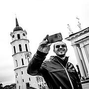 21.09.2014, Litauen, Vilnius, Altstadt, Kathedrale St. Stanislaus. Noch drei Stunden bis zum Abflug Richtung Frankfurt, ein letztes Selfie f&uuml;r die Facebook-Seite. In der 70 Kilo-Klasse, rechter Arm steht er am Ende auf dem sechsten Platz, Matthias ist zufrieden mit der Platzierung, hatte er vor einer woche noch mit einer Grippe zu k&auml;mpfen.<br /><br />09.21.2014 , Lithuania, Vilnius , Old Town, Vilnius Cathedral. Three hours until departure towards Frankfurt , one last Selfie for the Facebook page. In the 70 Kilo- class , right arm he stands at the end of the sixth place , Matthias is satisfied with the placement , he was still struggling with the flu a week ago. <br /><br />&copy;2014 Harald Krieg / Agentur Focus