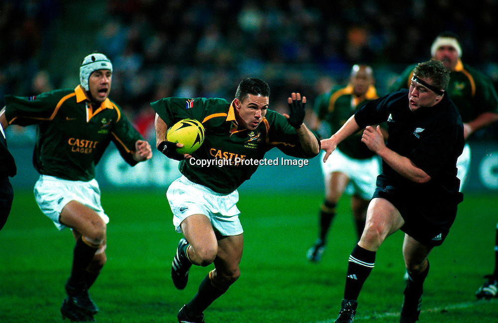 Andre Pretorius in action during the rugby union Tri Nations test match between the All Blacks and South Africa, Wesptac Trust Stadium, Wellington, 20 July, 2002. Photo: PHOTOSPORT