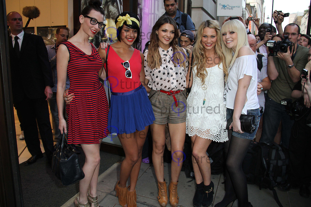 Parade - Girl Group - Jessica Agombar; Sian Charlesworth; Lauren Deegan; Emily Biggs; Bianca Claxton Pixie Lott for Lipsy party, Swarovski Crystallized, London, UK, 21 April 2011:  Contact: Rich@Piqtured.com +44(0)7941 079620 (Picture by Richard Goldschmidt)