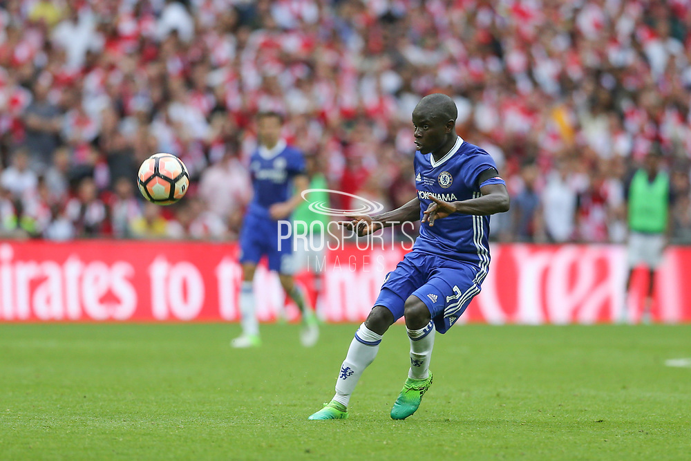 Chelsea's Ngolo Kanté(7) plays the ball forward during the The FA Cup final match between Arsenal and Chelsea at Wembley Stadium, London, England on 27 May 2017. Photo by Shane Healey.