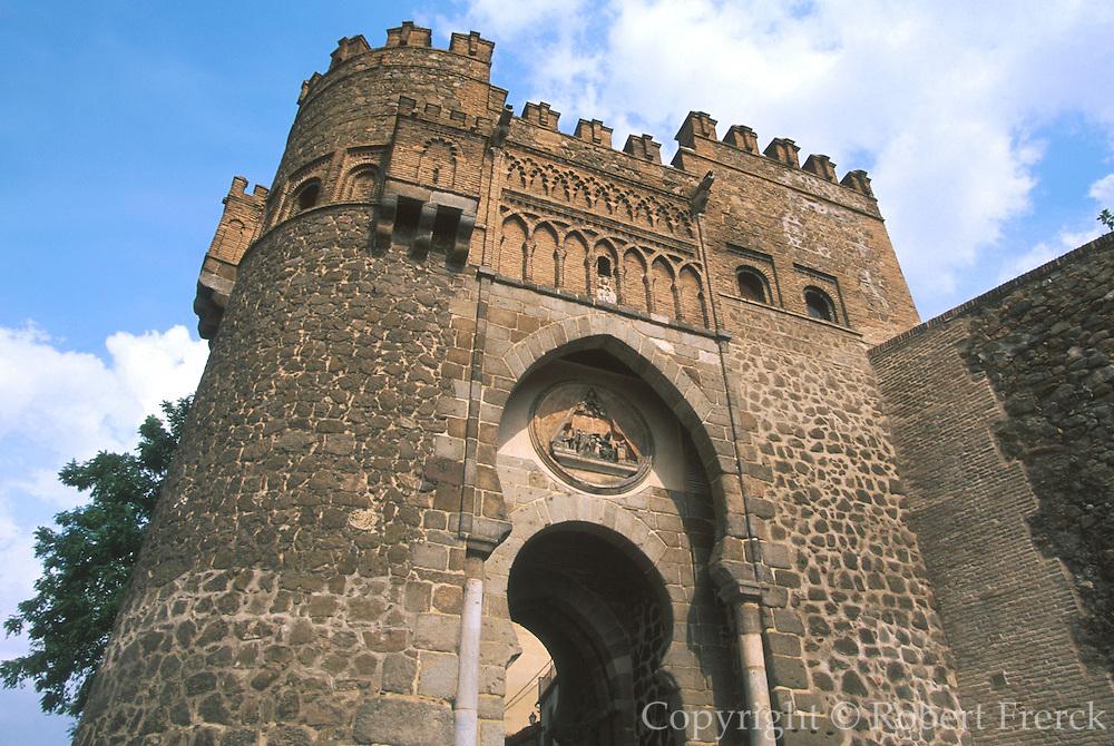 SPAIN, LA MANCHA, TOLEDO Puerta del Sol, Mudejar style gate