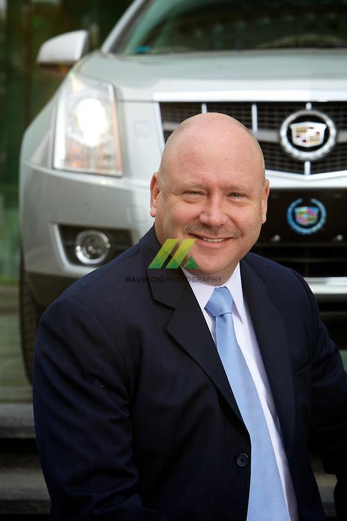Joseph Elenz, Director de Ventas y Operaciones de GMM