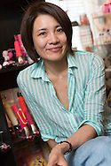 Minori Kitahara, 43, i sin butik Love Piece Club i Tokyo. Det är den första butiken med sexleksaker som riktar sig till kvinnor i Japan. Män är endast tillåtna in i butiken om de är i sällskap med en kvinna.