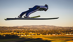 29.09.2018, Energie AG Skisprung Arena, Hinzenbach, AUT, FIS Ski Sprung, Sommer Grand Prix, Hinzenbach, im Bild Andreas Goldberger // Andreas Goldberger during FIS Ski Jumping Summer Grand Prix at the Energie AG Skisprung Arena, Hinzenbach, Austria on 2018/09/29. EXPA Pictures © 2018, PhotoCredit: EXPA/ JFK