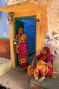 Women wearing sarees printed in Pali, Jodhpur's old cityThe blue painted streets of Jodhpur's old town, Rajasthan