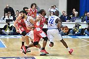 Dowdell Zabien<br /> MIA Cantu - Grissin Bon Reggio Emilia<br /> Lega Basket Serie A 2016/2017<br /> Desio 06/03/2017<br /> Foto Ciamillo-Castoria