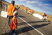 Jan Marcel van Dijken tijdens de laatste race. In Battle Mountain (Nevada) wordt ieder jaar de World Human Powered Speed Challenge gehouden. Tijdens deze wedstrijd wordt geprobeerd zo hard mogelijk te fietsen op pure menskracht. Het huidige record staat sinds 2015 op naam van de Canadees Todd Reichert die 139,45 km/h reed. De deelnemers bestaan zowel uit teams van universiteiten als uit hobbyisten. Met de gestroomlijnde fietsen willen ze laten zien wat mogelijk is met menskracht. De speciale ligfietsen kunnen gezien worden als de Formule 1 van het fietsen. De kennis die wordt opgedaan wordt ook gebruikt om duurzaam vervoer verder te ontwikkelen.<br /> <br /> In Battle Mountain (Nevada) each year the World Human Powered Speed Challenge is held. During this race they try to ride on pure manpower as hard as possible. Since 2015 the Canadian Todd Reichert is record holder with a speed of 136,45 km/h. The participants consist of both teams from universities and from hobbyists. With the sleek bikes they want to show what is possible with human power. The special recumbent bicycles can be seen as the Formula 1 of the bicycle. The knowledge gained is also used to develop sustainable transport.