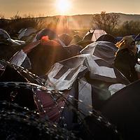 Idomeni 04-03-2016 Greek-Macedonian border, refugee camp of Idomeni; daily life in the camp