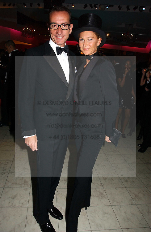 ROBERT HANSON and ELIZABETH VON GUTTMAN at Andy & Patti Wong's annual Chinese New year Party, this year to celebrate the Year of The Pig, held at Madame Tussauds, Marylebone Road, London on 27th January 2007.<br /><br />NON EXCLUSIVE - WORLD RIGHTS