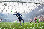 EINDHOVEN, PSV - Ajax, voetbal, Eredivisie seizoen 2015-2016, 20-03-2016, Philips Stadion, Ajax speler Arek Milik (R) scoort de 0-1, PSV speler Santiago Arias (2R), PSV keeper Jeroen Zoet (M).