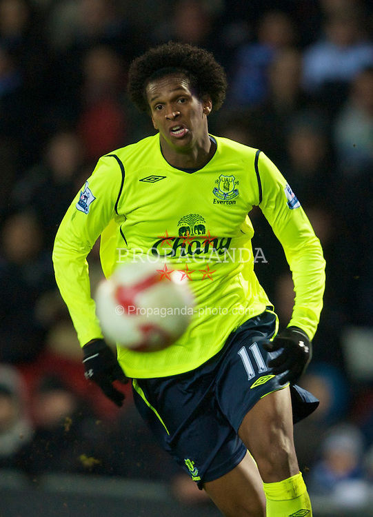 BLACKBURN, ENGLAND - Wednesday, March 4, 2009: Everton's Jo in action against Blackburn Rovers during the Premiership match at Ewood Park. (Photo by David Rawcliffe/Propaganda)