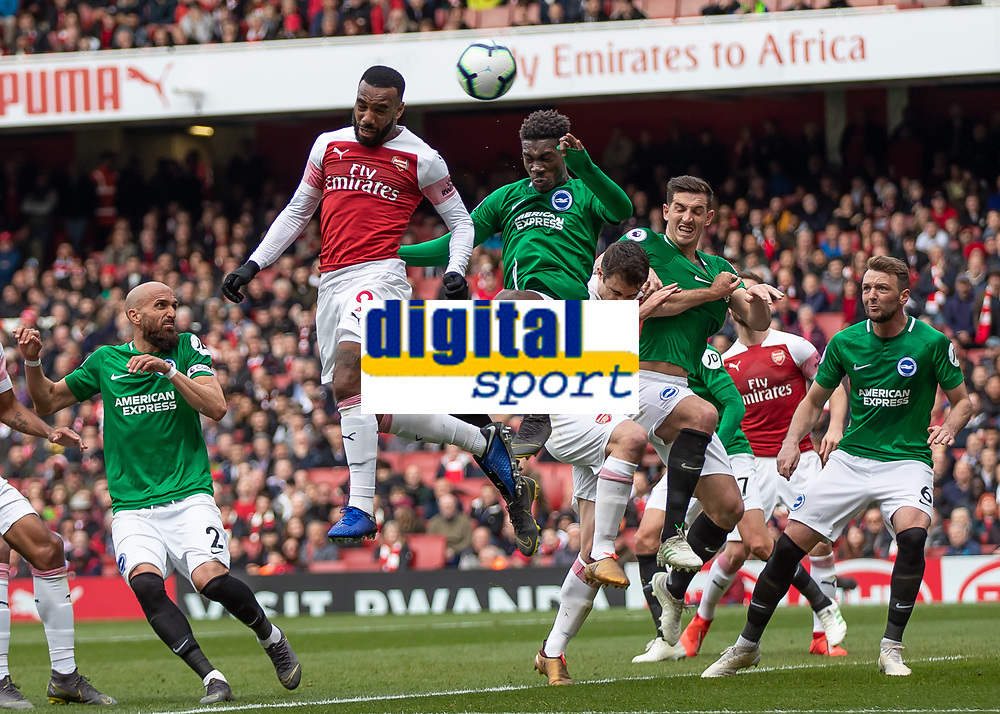 Football - 2018 / 2019 Premier League - Arsenal vs. Brighton & Hove Albion<br /> <br /> Alexandre Lacazette (Arsenal FC) heads towards goal from the corner cross at The Emirates.<br /> <br /> COLORSPORT/DANIEL BEARHAM