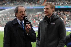 18.09.2010, Weserstadion, Bremen, GER, 1. FBL, Werder Bremen vs 1. FSV Mainz 05, im Bild Per Mertesacker (Bremen #29, rechts) im TV-Interview   EXPA Pictures © 2010, PhotoCredit: EXPA/ nph/  Frisch+++++ ATTENTION - OUT OF GER +++++
