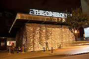 The Cineroleum by Assemble. A pop-up cinema built by a collective of artists, designers and architects on the site of a derelict garage. 100 Clerkenwell Rd. London. 11 September 2010. -DO NOT ARCHIVE-© Copyright Photograph by Dafydd Jones. 248 Clapham Rd. London SW9 0PZ. Tel 0207 820 0771. www.dafjones.com.