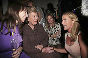 Pat McNulty, Lady Pamela Hicks, Natalia Cassel and India Hicks, India Hicks And Crabtree & Evelyn launch new skincare range. : Hempel Hotel, 31-35 Craven Hill Gardens, London, W2, 22 November 2006. ONE TIME USE ONLY - DO NOT ARCHIVE  © Copyright Photograph by Dafydd Jones 66 Stockwell Park Rd. London SW9 0DA Tel 020 7733 0108 www.dafjones.com