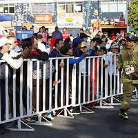 """Toluca, México.- Gran participación tuvo la 2da Carrera Atlética """"Préndete"""", niños, adultos y bomberos con su equipo corrieron 5 y 10 kilómetros en esta justa deportiva a favor del Heroico Cuerpo de Bomberos de Toluca.  Agencia MVT / Crisanta Espinosa"""