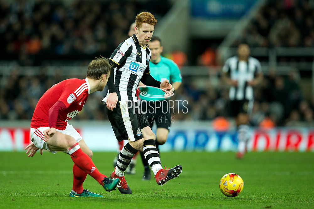 Newcastle United midfielder Jack Colback (#4) plays a pass during the EFL Sky Bet Championship match between Newcastle United and Nottingham Forest at St. James's Park, Newcastle, England on 30 December 2016. Photo by Craig Doyle.