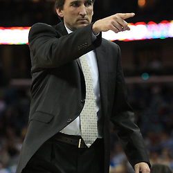 04 February 2009:  Chicago Bulls coach Vinny  Del Negro instructs his team during a 93-107 loss by the New Orleans Hornets to the Chicago Bulls at the New Orleans Arena in New Orleans, LA.