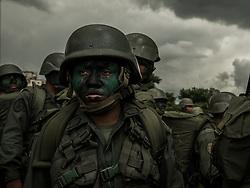 Aug 27, 2017 - Caracas, Venezuela - Military and civilians participate in military exercises in Caracas, Venezuela. (Credit Image: © Jose Pareja via ZUMA Wire)