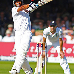 19/08/2012 London, England. South Africa's Vernon Philander misses a pull shot during the third Investec cricket international test match between England and South Africa, played at the Lords Cricket Ground: Mandatory credit: Mitchell Gunn