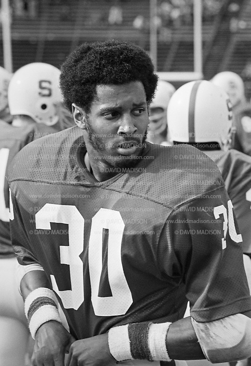 PALO ALTO, CA -  NOVEMBER 12:  Wide receiver James Lofton #30 of Stanford University waits on the sidelines during an NCAA football game against the San Jose State Spartans played November 12, 1977 at Stanford Stadium on the campus of Stanford University in Palo Alto, California.  Lofton later played in the NFL and is a member of the Pro Football Hall of Fame. (Photo by David Madison/Getty Images) *** Local Caption *** James Lofton