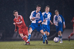 BRISTOL, ENGLAND - Thursday, January 15, 2009: Liverpool's Adam Pepper in action against Bristol Rovers' George Booth during the FA Youth Cup match at the Memorial Stadium. (Mandatory credit: David Rawcliffe/Propaganda)