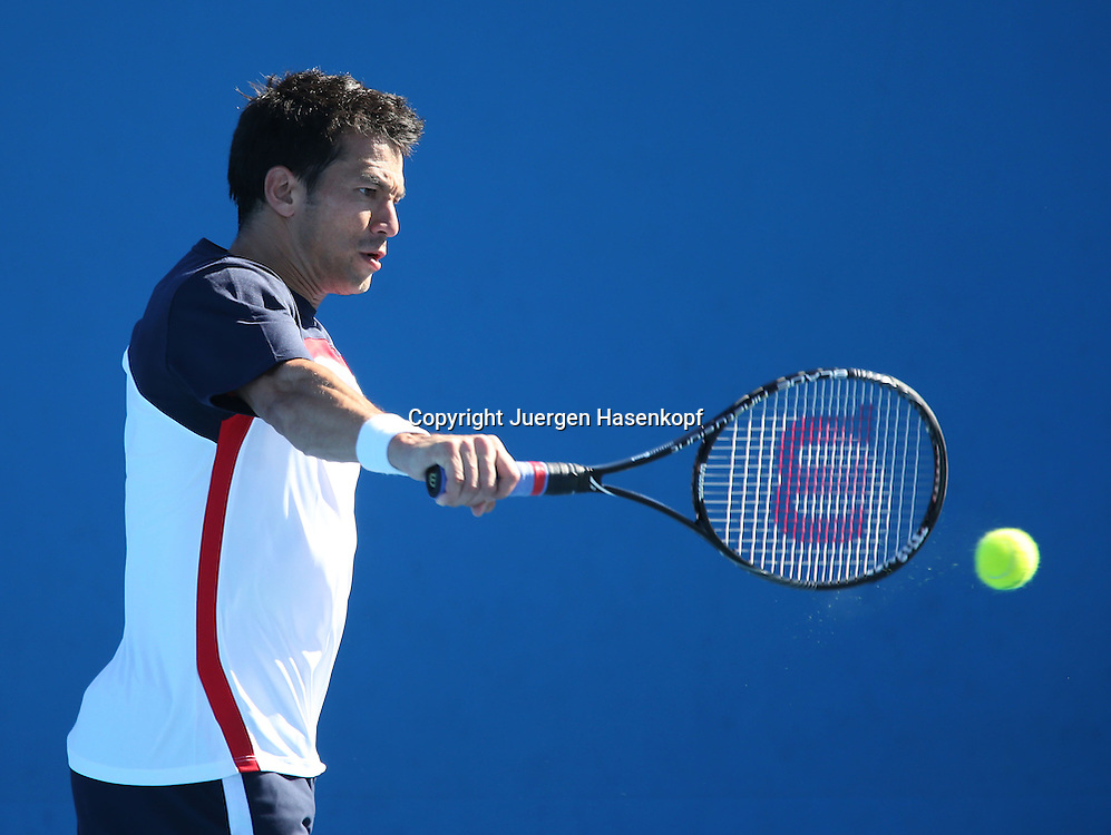Australian Open 2013, Melbourne Park,ITF Grand Slam Tennis Tournament,.Bjoern Phau (GER),Aktion,Einzelbild,Halbkoerper,Querformat,