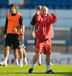 CARDIFF, WALES - Wednesday, October 8, 2008: Wales' manager Brian Flynn during training at Ninian Park ahead of the UEFA European U21 Championship Play-Off match against England. (Photo by David Rawcliffe/Propaganda)