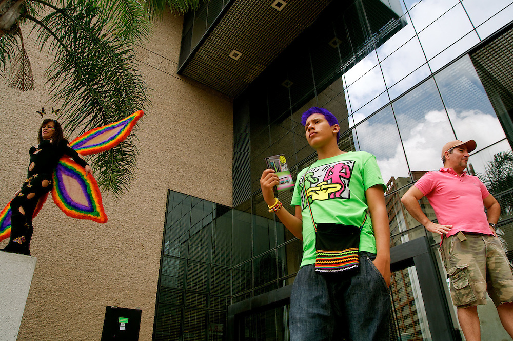 GAY PRIDE PARADE / MARCHA DEL ORGULLO GAY<br /> Photography by Aaron Sosa<br /> Caracas - Venezuela 2010<br /> (Copyright &copy; Aaron Sosa