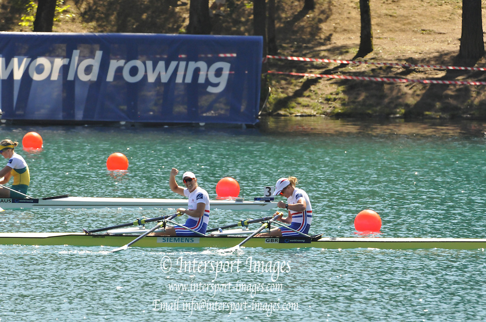 Bled, SLOVENIA.  GBR W2X, Bow, Anna WATKINS and Katherine GRAINGER. Final Women's Double Sculls. 2011 FISA World Rowing Championships, Lake Bled. Saturday  03/09/2011  [Mandatory Credit;  Intersport Images] . HRR