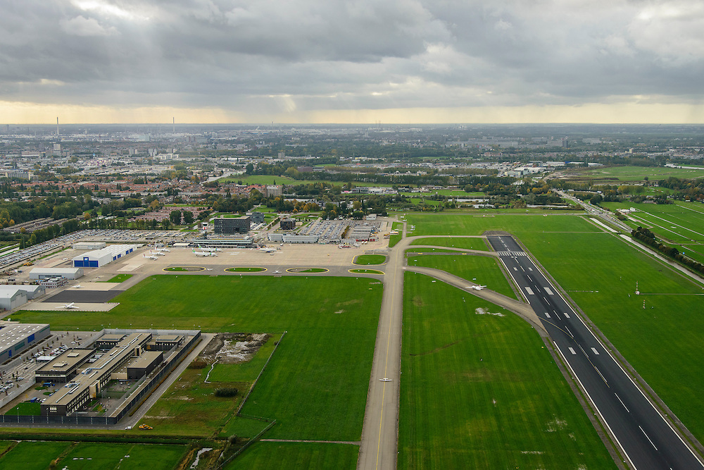 Nederland, Zuid-Holland, Rotterdam, 23-10-2013; Vliegveld Zestienhoven, Rotterdam The Hague Airport.<br /> luchtfoto (toeslag op standaard tarieven);<br /> aerial photo (additional fee required);<br /> copyright foto/photo Siebe Swart.