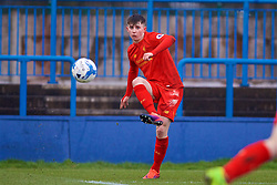 ASHTON-UNDER-LYNE, ENGLAND - Sunday, February 12, 2017: Liverpool's Ben Woodburn in action against Huddersfield Town during the FA Premier League Cup Group G match at Tameside Stadium. (Pic by David Rawcliffe/Propaganda)