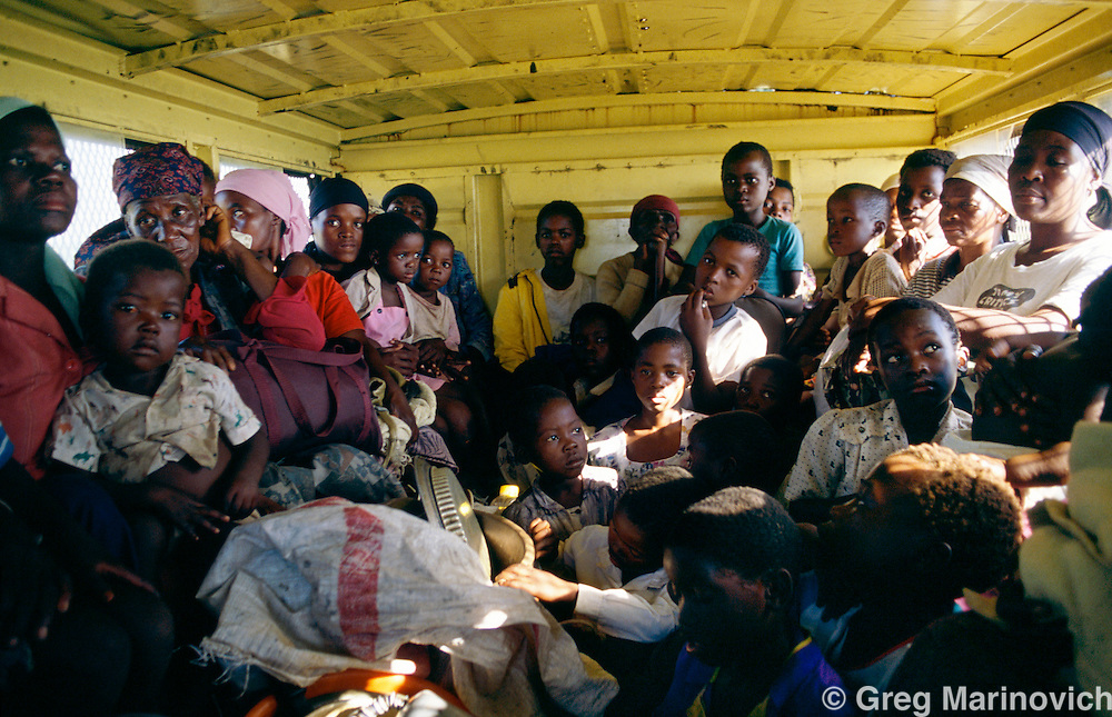 Sonkombo, KwaZulu Natal, 1994, South Africa:  ANC supporting families are evacuated from the Sonkombo area from which they had fled months earlier because of attacks by rival IFP.