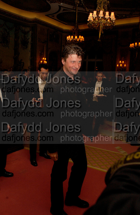 Lord Johnson Somerset. Annabel, An Unconventional Life. Memoirs of Lady Annable goildsmith. The Ritz. 10 March 2004. ONE TIME USE ONLY - DO NOT ARCHIVE  © Copyright Photograph by Dafydd Jones 66 Stockwell Park Rd. London SW9 0DA Tel 020 7733 0108 www.dafjones.com