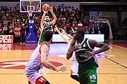 Fitipaldo Bruno<br /> Grissin Bon Reggio Emilia - Sidigas Avellino<br /> Lega Basket Serie A 2017/2018<br /> Reggio Emiali, 20/01/2018<br /> Foto Ciamillo - Castoria