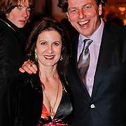 NLD/Den Haag/20110117 - Premiere film Sonny Boy, Bert Koenders en partner