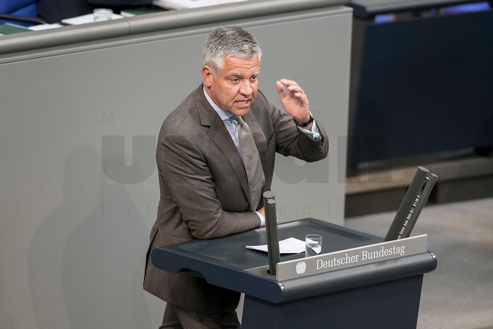08 NOV 2018, BERLIN/GERMANY:<br /> Frank Steffel, MdB, CDU, haelt eine Rede, Bundestagsdebatte zum sog. Global Compact fuer Migration, Plenum, Deutscher Bundestag<br /> IMAGE: 20181108-01-050<br /> KEYWORDS: Sitzung