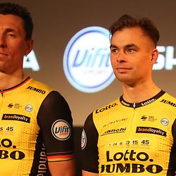 22-12-2017: Wielrennen: Presentatie Lotto Jumbo: Veghel <br />Bert Jan Lindeman; Robert Wagner