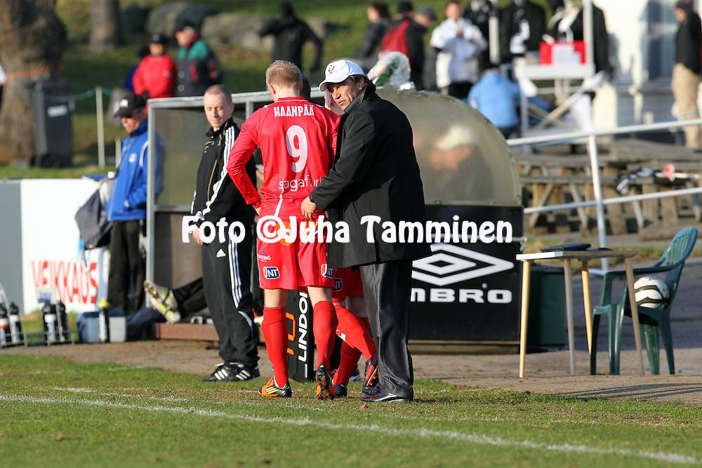 5.5.2012, Tehtaan kentt, Valkeakoski..Veikkausliiga 2012..FC Haka - FF Jaro..Valmentaja Alexei Eremenko - Jaro