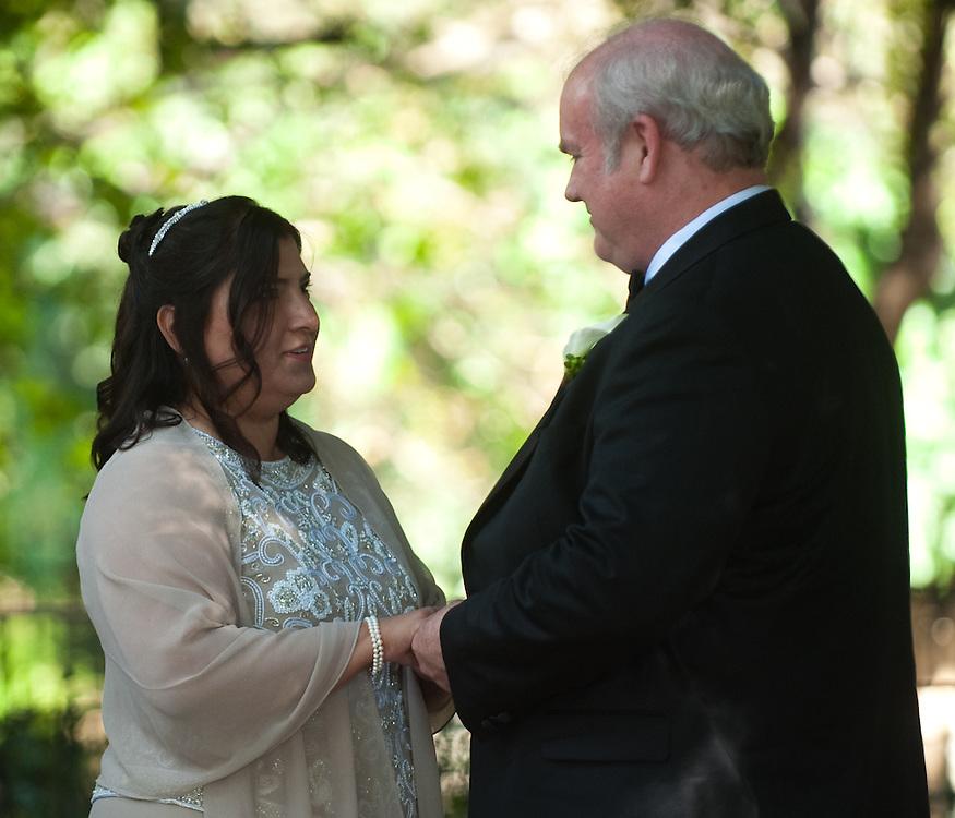 Annette and Dan Zollars wedding Sunday, October 25, 2009 at Southwest School of Art..Photo © Bahram Mark Sobhani