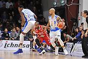 DESCRIZIONE : Sassari LegaBasket Serie A 2015-2016 Dinamo Banco di Sardegna Sassari - Giorgio Tesi Group Pistoia<br /> GIOCATORE : Jarvis Varnado David Logan<br /> CATEGORIA : Palleggio Blocco Controcampo<br /> SQUADRA : Dinamo Banco di Sardegna Sassari<br /> EVENTO : LegaBasket Serie A 2015-2016<br /> GARA : Dinamo Banco di Sardegna Sassari - Giorgio Tesi Group Pistoia<br /> DATA : 27/12/2015<br /> SPORT : Pallacanestro<br /> AUTORE : Agenzia Ciamillo-Castoria/C.Atzori