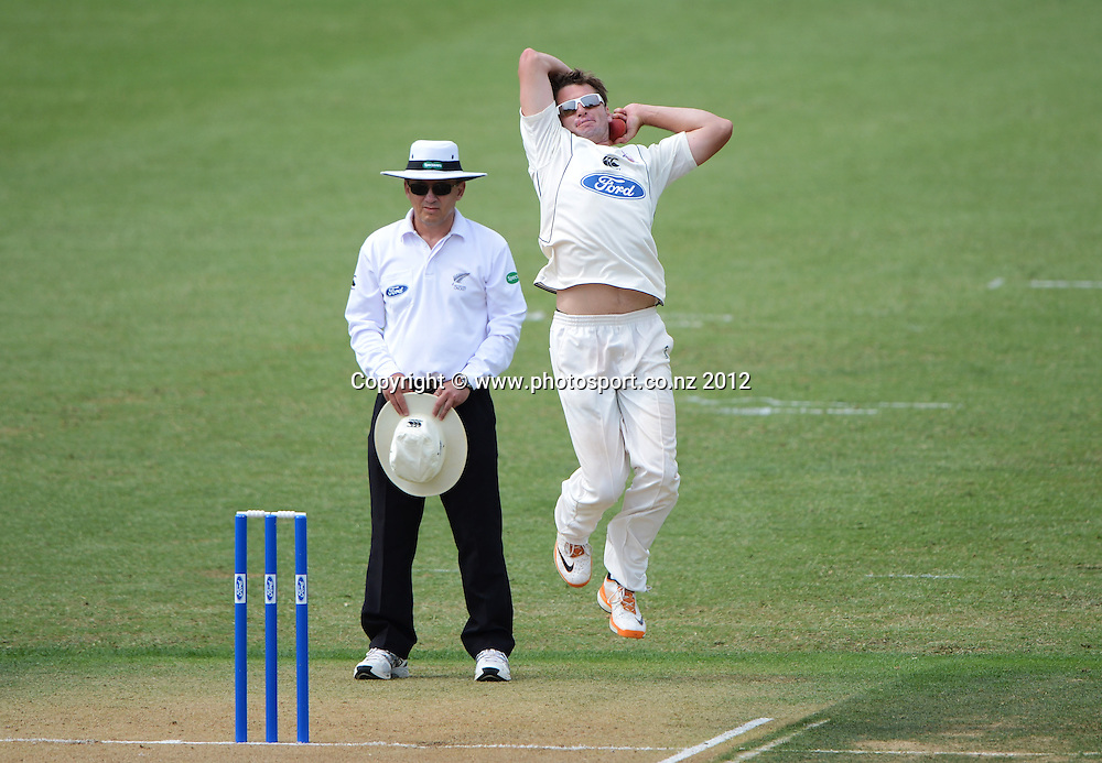 Auckland's Bruce Martin. Plunket Shield Cricket, Auckland Aces v Canterbury Wizards at Eden Park Outer Oval. Auckland on Sunday 16 December 2012. Photo: Andrew Cornaga/Photosport.co.nz