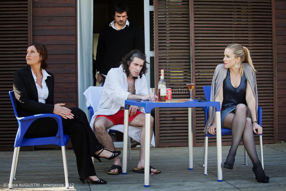 Sacha WOLFF, réalisateur, Salomé RICHEZ, Julien MONNIN et Audrey LOOTEN, comédiens - tournage scène imposée de Sacha WOLFF - emergence 2012