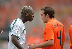 16-06-2006 VOETBAL: FIFA WORLD CUP: NEDERLAND - IVOORKUST: STUTTGART <br /> Oranje won in Stuttgart ook de tweede groepswedstrijd. Nederland versloeg Ivoorkust met 2-1 / Arouna Kone<br /> ©2006-WWW.FOTOHOOGENDOORN.NL