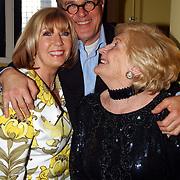 Radio 2 Gala vh Nederlandse Lied 2005, Jeroen Krabbe, Ria Alberti en Willeke Alberti