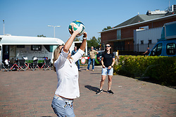 Virtu Cycling DS, Carmen Small plays volleyball at Boels Ladies Tour 2018 - Stage 6, an 18.6km individual time trial in Roosendaal, Netherlands on September 2, 2018. Photo by Sean Robinson/velofocus.com